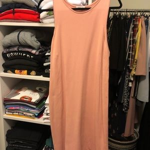 Pink dress from Aritizia , never worn!